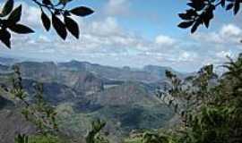 Ataléia - Ataléia-MG-Montanhas da região-Foto:Reginaldo Cibrao