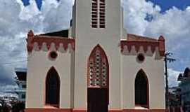 Tefé - Catedral de Santa Tereza de Ávila em Tefé-AM-Foto:Rodrigo