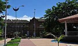 Tefé - Patrimônio Histórico no centro de Tefé-AM-Foto:Rodrigo