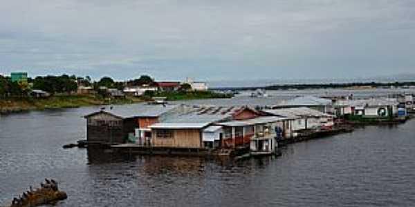 Tef�-AM-Casas flutuantes-Foto:Cezar Mario Rech
