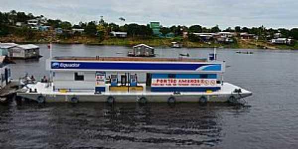 Tef�-AM-Posto de combust�vel flutuante-Foto:Cezar Mario Rech