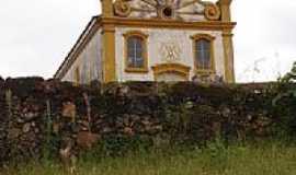 Bação - Igreja-Foto:BARBOSA.BARBOSA