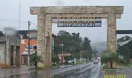 Baependi - Baependi-MG-Pórtico de entrada da cidade-Foto:Josue Marinho