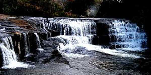 Baependi-MG-Cachoeira Itauna-Foto:Stanley Vale