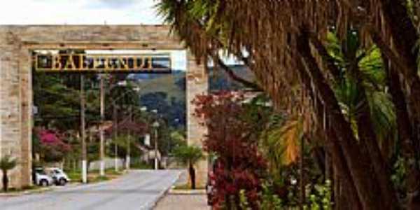 Baependi-MG-Pórtico de entrada da cidade-Foto:www.minasgerais.com.br