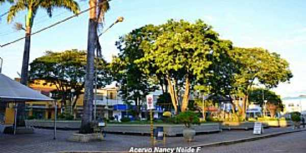 Praça Cel Torres -2012- Bambuí MG-Acervo Nancy Neide F