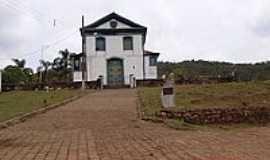 Bandeirantes - Igreja Matriz de São Sebastião-Foto:Geraldo Salomão