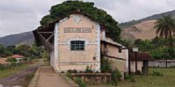 Ruinas da Estação Ferroviária Ribeirão do Carmo atual Bandeirantes-Foto;Geraldo Salomão