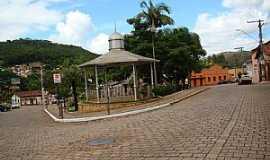 Barão de Cocais - Barão de Cocais-MG-Coreto na Praça da Matriz-Foto:Jairo Nunes Ferreira