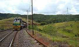 Barão de Cocais - Barão de Cocais-MG-Trem de carga da Vale-Foto:Jairo Nunes Ferreira