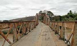 Barra do Cuiet� - Barra do Cuiet�-MG-Ponte sobre o Rio Caratinga-Foto:Gustavo Sturzenecker