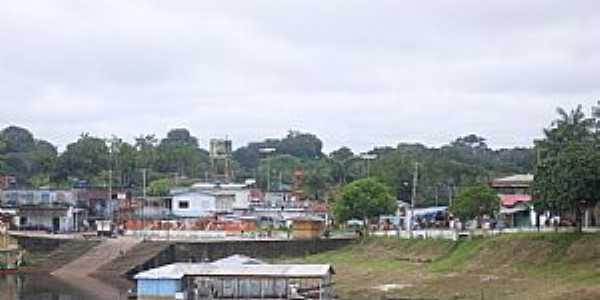 Uarini-AM-Orla da cidade-Foto:jonhw