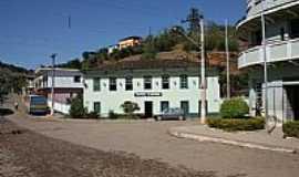 Barra Longa - Antigo casario,hoje Hotel em Barra Longa-MG-Foto:Geraldo Salomão