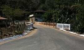 Barra Longa - Ponte sobre o Rio Gualaxo-Foto:Geraldo Salomão