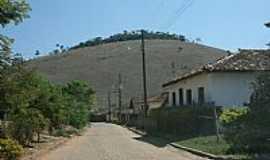 Barra Longa - Rua da Comunidade de Barro Branco em Barra Longa-MG-Foto:Geraldo Salomão