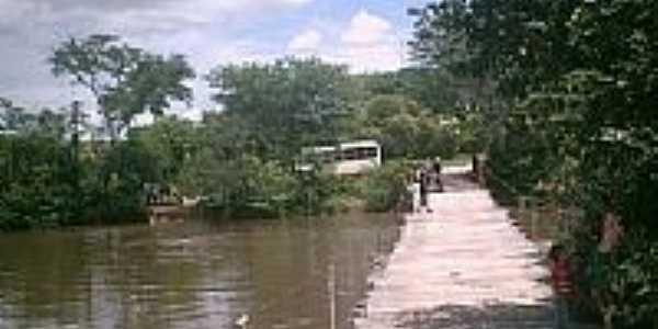Ponte sobre o Rio Salinas-Foto:ArmandoFS