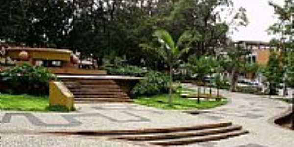 Praça Sant'Ana  -  Por Roberto A.