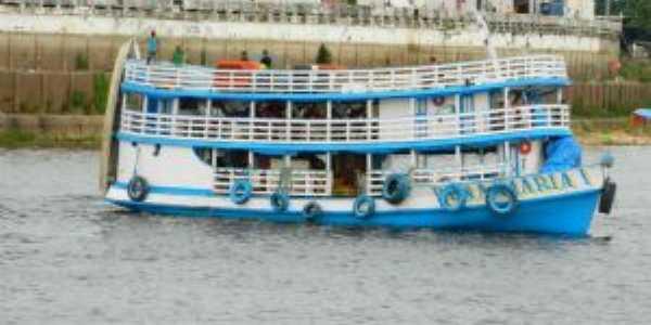 Barco Regional, Por Jone Uchoa