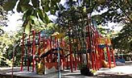 Belo Horizonte - Belo Horizonte-MG-Parquinho no Parque Municipal Américo Renné Gianne-Foto:Paulo Yuji Takarada