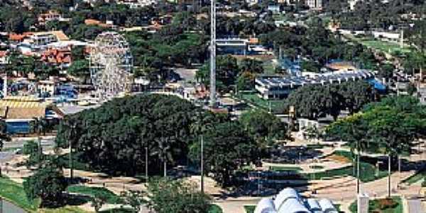 Belo Horizonte MG  Em Destaque a Lagoa da Pampulha Fotografia de Belo Drone