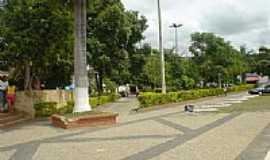 Belo Oriente - Pra�a sra. da Piedade, por Pesb.Cruz.