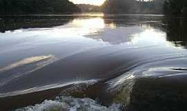 Belo Oriente - Rio Doce região da Cachoeira Escura, Belo Oriente  - por Gustavo Sturzenecker Moreira