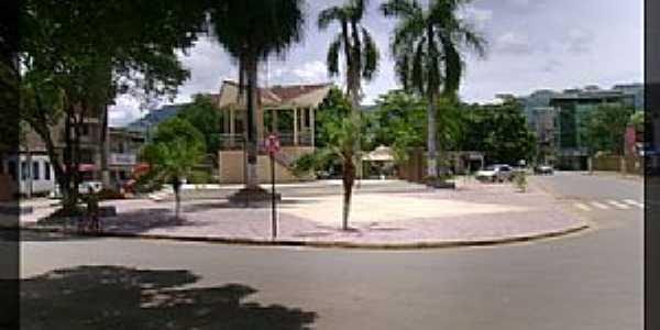 Belo Oriente-MG-Coreto na Praça da Jaqueira-Foto:ipbo.org.br
