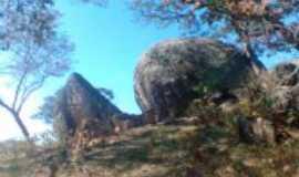 Belo Vale - Pedra do Urubu-Boa Morte, Por Jhenifer Giseli Ferreira