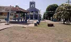 Urucurituba - Urucurituba-AM-Praça e Igreja Matriz no centro-Foto:arituzacompart.no