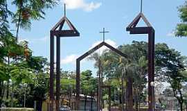 Betim - Betim-MG-Monumento à antiga Matriz-Foto:Carlos Fabiano Braga