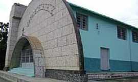 Bicas - Igreja de Santo Ant�nio em Bicas-Foto:jorge adalberto roch�