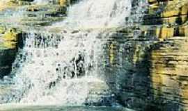 Biquinhas - Cachoeira da Agua Santa por Renato Hilário