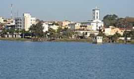 Boa Esperan�a - Represa de Furnas e a cidade de Boa Esperan�a-Foto:J�lio C. Bueno