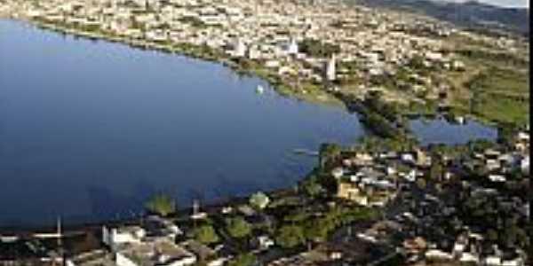 Bos Esperan�a-MG-Vista a�rea da cidade e Lago de Furnas-Foto:boaesperancamg.wordpress.com