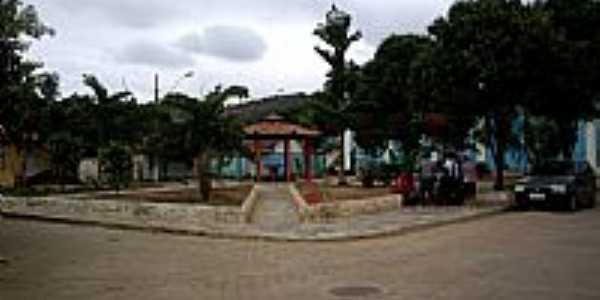 Boa União de Itabirinha-MG-Praça Central da cidade-Foto:RUBINHO BARROSO