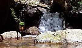 Bom Repouso - Cachoeira