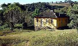 Bom Repouso - Casa antiga