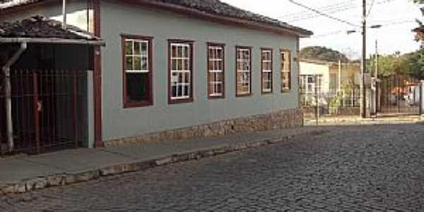 Bonfim-MG-Casarão colonial-Foto:antonor