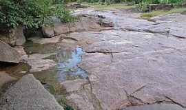 Bonito de Minas - Bonito de Minas-MG-Antiga Cachoeira das Pedras-Foto:Denes Melo