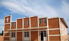 Bonito de Minas - Bonito de Minas-MG-Igreja do Divino Pai Eterno-Foto:Vicente A. Queiroz