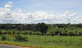 Bonito de Minas - Bonito de Minas-MG-Vista da cidade-Foto:Denes Melo