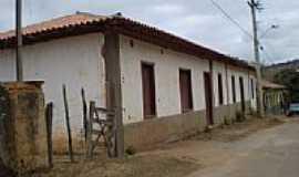 Borba Gato - Casa Paroquial-Foto:Roberto Gloria