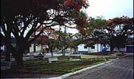 Botelhos - Praça Vicente Tepedino (Fórum)
