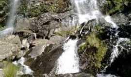 Botumirim - cachoeira Quatro Oitavas, Por willian