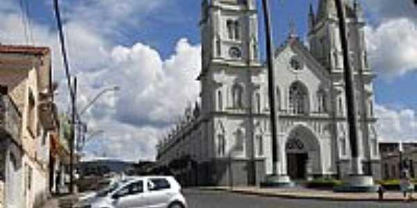 Brazópolis-MG-Praça e Matriz de São Caetano de Tiene-Foto:zé karlos