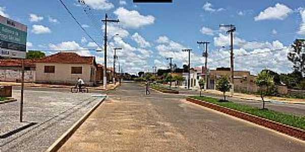 Brejo Bonito-MG-Avenida Principal no centro-Foto:Fabiano Divino da Silva