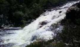 Buenópolis - cachoeira em Curimataí em BuenopolisMG, Por celia cristina dos santos