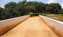 Buritis - Ponte sobre o Rio São Vicente