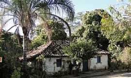 Caatinga - Caatinga-MG-Casarão antigo-Foto:Paulo Noronha