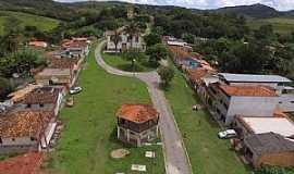 Caburu - Caburu-MG-Centro do Distrito-Foto:Facebook